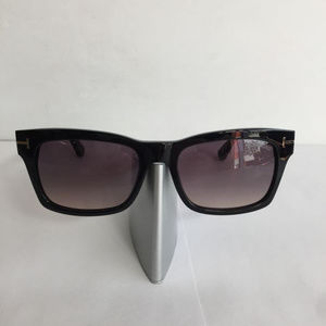 Brand New Tom Ford Frederik TF 494 01B black Plast